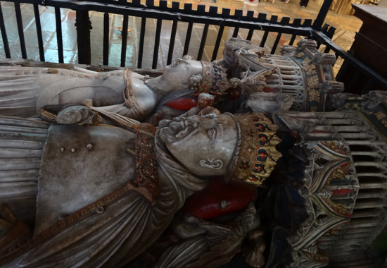 Henry the IV's tomb, Canterbury 09.png